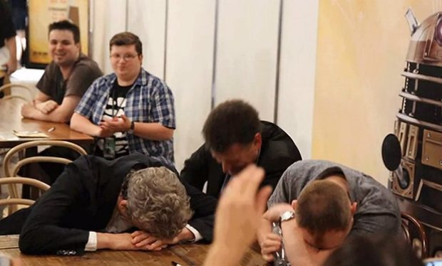 The_awkward_moment_when_Peter_Capaldi__Steven_Moffat_and_Mark_Gatiss_came_third_in_a_Doctor_Who_pub_quiz