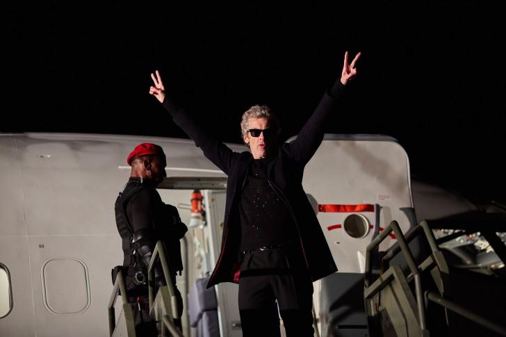 A 12. Doctor szónikus napszemüvegben (The Zygon Invasion)
