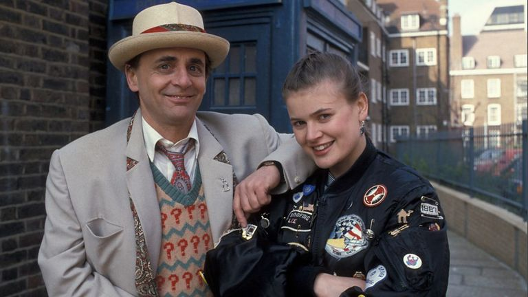 1522231995-doctor-who-season-25